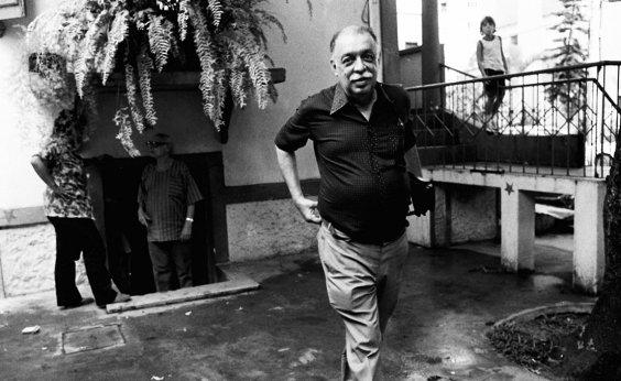 [Cid Teixeira celebra 95 anos na Bahia sem memória]