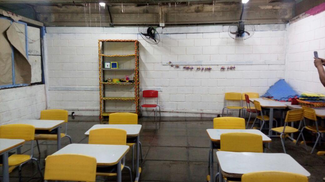 Unidades mais antigas, como a Escola Municipal Ulysses  Guimarães, também sofrem com a chuva