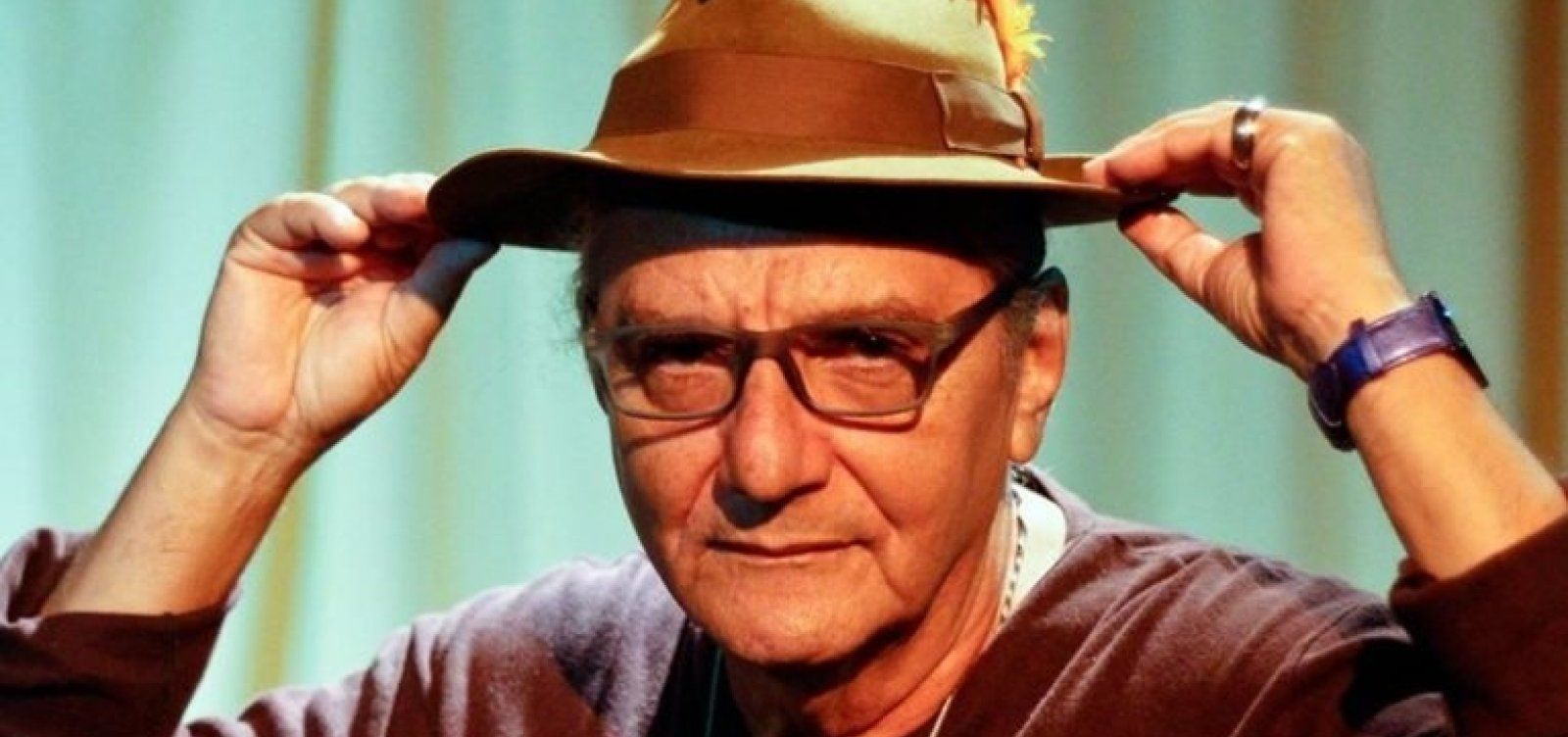 Aos 73 anos, morre poeta e compositor baiano Jorge Salomão - Metro 1