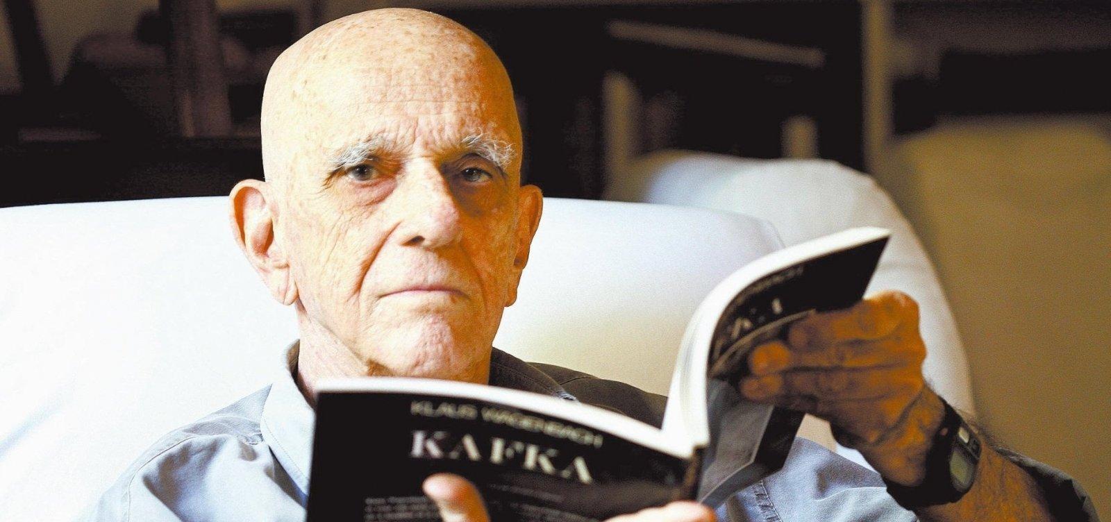 Morre o escritor Rubem Fonseca, aos 94 anos- Metro 1