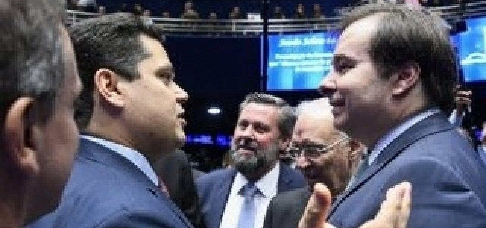 Grupo de senadores vai acionar STF contra reeleição de Maia e Alcolumbre - Metro 1