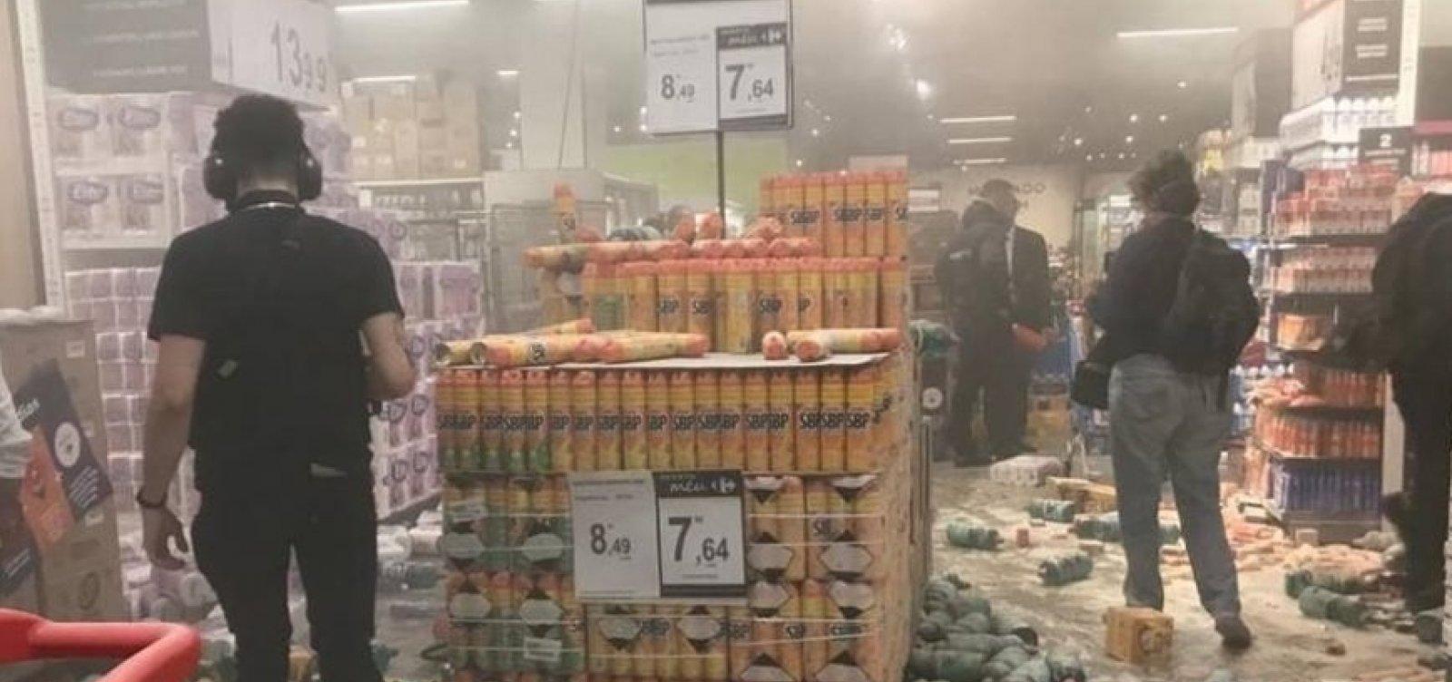 [Loja do Carrefour em São Paulo é destruída durante protesto antirracista]