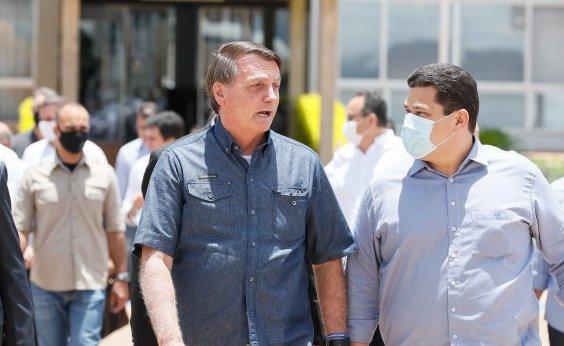 [Após 19 dias de apagão, Bolsonaro chega ao Amapá sob protestos de moradores]
