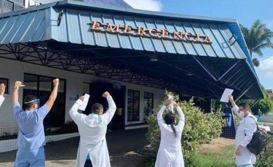 [Equipe médica de hospital em Porto Seguro protesta contra atraso salarial]