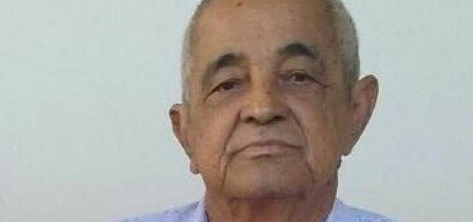 [Francisco Camargo, pai dos sertanejos Zezé e Luciano, morre aos 83 anos]