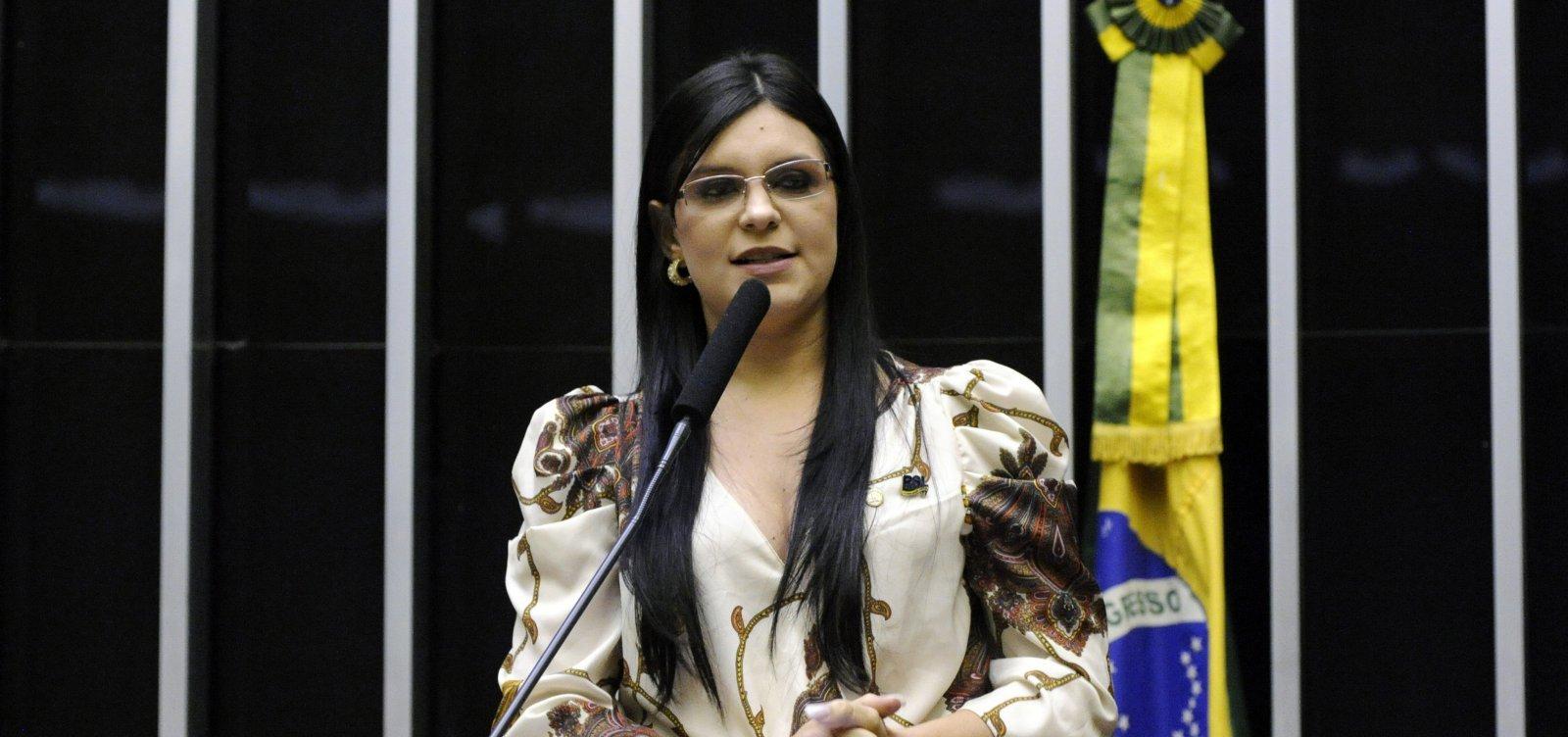 [Feira de Santana: ex-aliada de Bolsonaro, Dayane Pimentel aparece em propaganda política do petista Zé Neto]