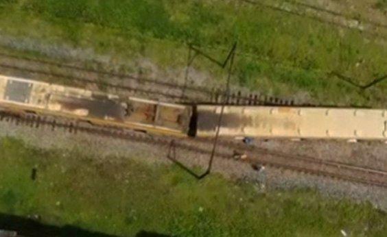 [Vagão de trem sai do trilho em Paripe; não há registro de feridos ]