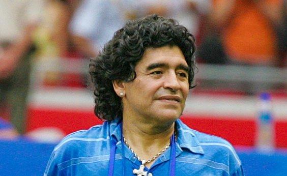 [Justiça argentina investiga se houve negligência na morte de Maradona]