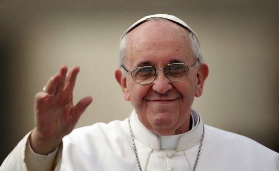 [Papa nomeia novos cardeais, entre eles o primeiro afro-americano]