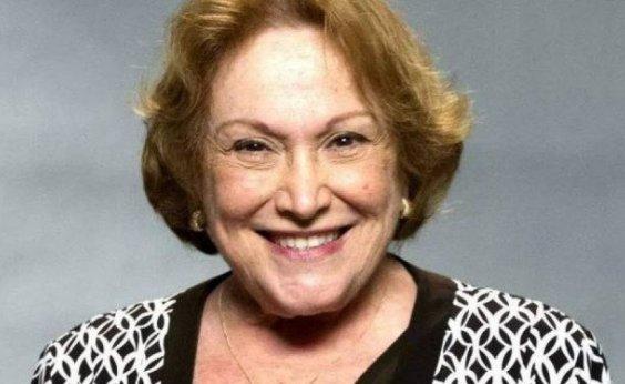 [Aos 87 anos, Nicette Bruno é internada com Covid-19]