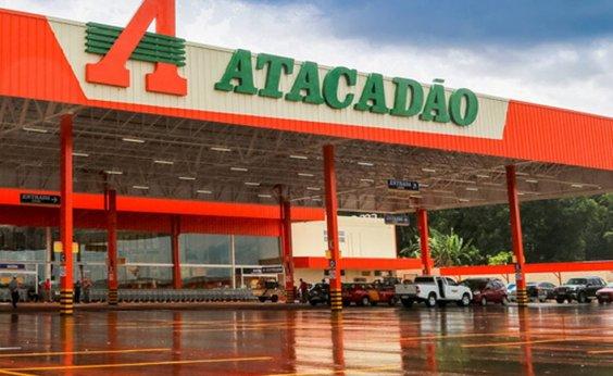 [Justiça determina que mercado Atacadão, do grupo Carrefour, terá que punir funcionário que praticar racismo]