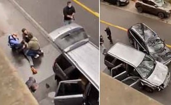 [Carro avança sobre área de pedestres na Alemanha e deixa 2 mortos e 15 feridos ]