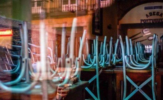 [ Donos de bares e restaurantes em Portugal fazem greve de fome contra lockdown]
