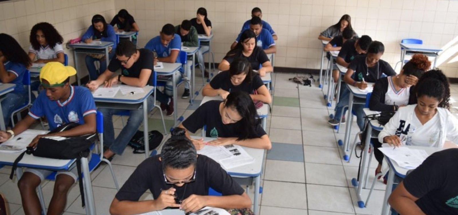 [Governo da Bahia prorroga suspensão de aulas até 17 de dezembro]