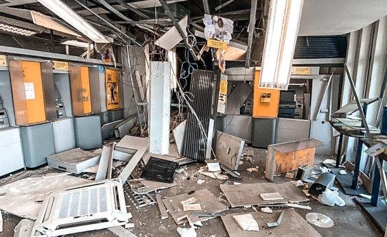 [Quadrilha que atacou Cametá não levou nada do banco, diz governador do Pará ]