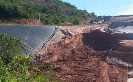 [Deslizamento em área próxima à barragem de Jacobina assusta moradores; empresa diz que não há perigo]