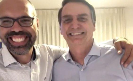 [Youtubers bolsonaristas recebem informações privilegiadas do Planalto e ganham R$ 100 mil mensais]