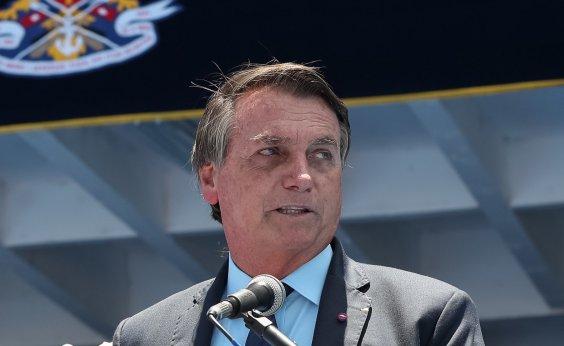 [Bolsonaro a estados e municípios: 'Se fecharem de novo, governo não tem como socorrer']