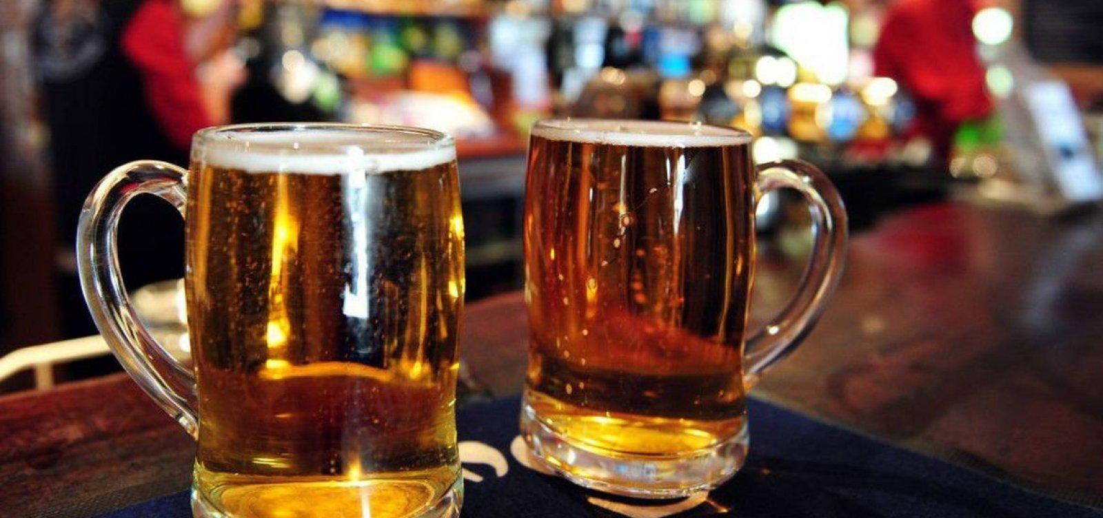 [Decreto que proíbe consumo de bebidas alcoólicas em bares de Belo Horizonte entra em vigor nesta segunda]