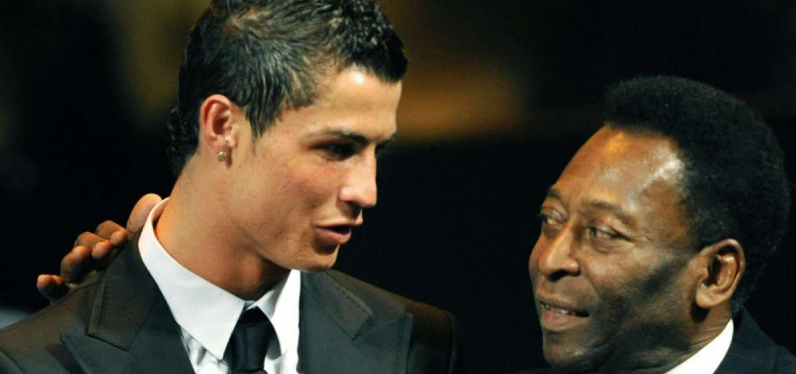 [Cristiano Ronaldo iguala Pelé e se torna o segundo maior goleador da história do futebol]
