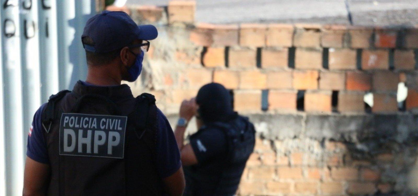 [Justiça converte para preventiva prisão de suspeitos de triplo homicídio na praia de Jaguaribe ]