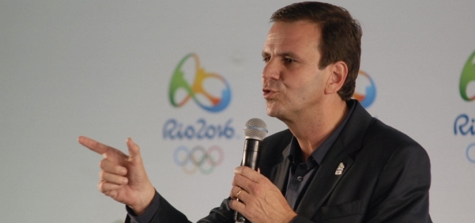 [COVID-19: Vacinação no Rio de Janeiro deve começar no próximo dia 25]