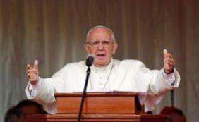 [Discurso de Natal: Papa Francisco lança apelo em combate ao terrorismo]