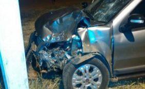 [Colisão entre carro e moto deixa um morto na BR-135, em São Desidério]