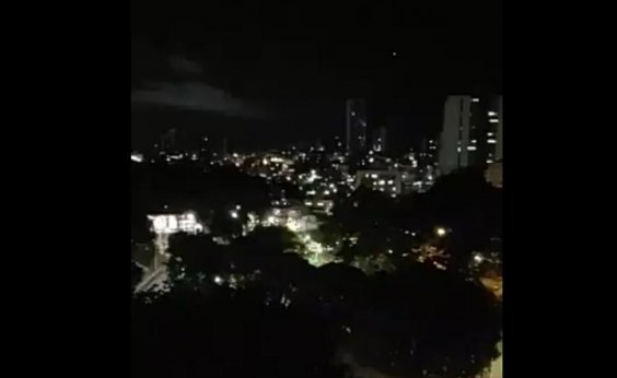 [Governo Bolsonaro é alvo de panelaços em Salvador e diversas cidades brasileiras   ]