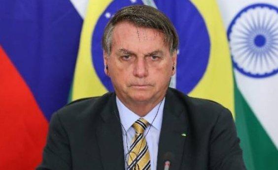 [Twitter põe alerta de informação enganosa em publicação de Bolsonaro sobre tratamento precoce contra Covid ]