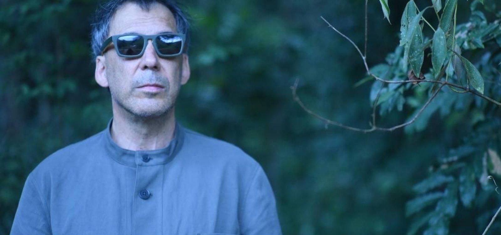 [Arnaldo Antunes lança livro de poesia: 'algo antigo']