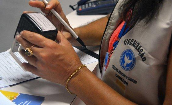[Codecon promete notificar escolas particulares sobre material escolar em Salvador]