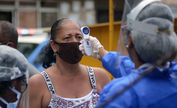 [Brasil ultrapassa 210 mil mortes por Covid-19, diz consórcio de imprensa ]