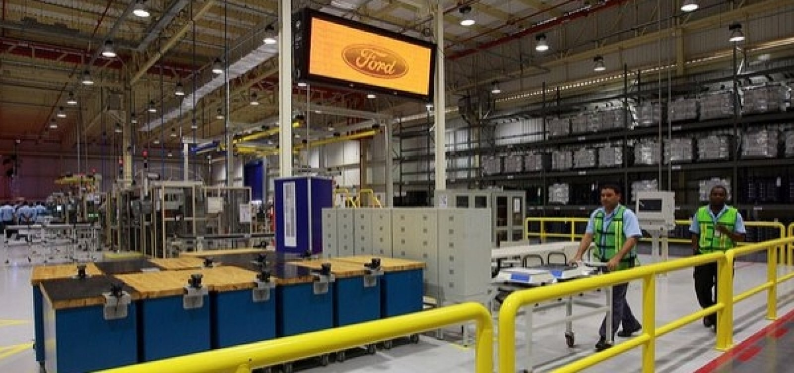 [Após anunciar demissão, Ford chama trabalhadores de volta para produzir peças de reposição]