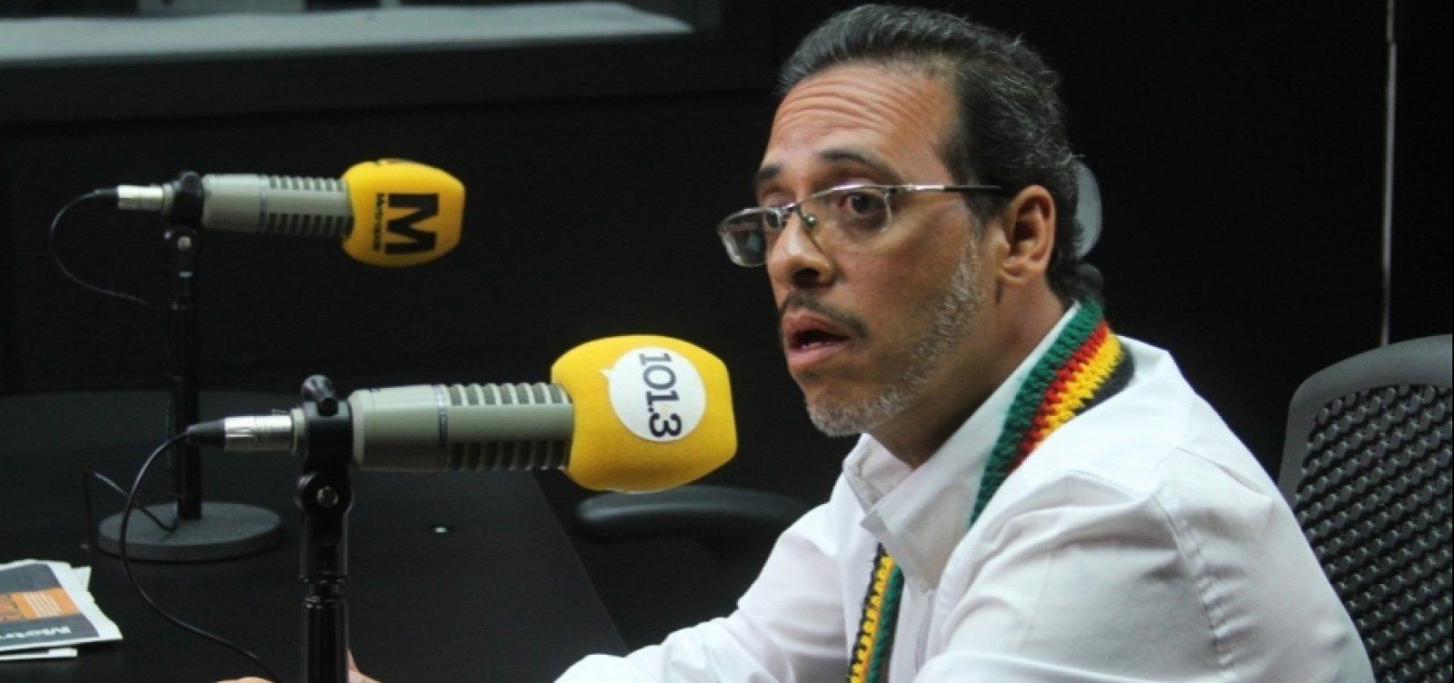 [Hilton Coelho compartilha fake news sobre médico vacinado contra a Covid-19]