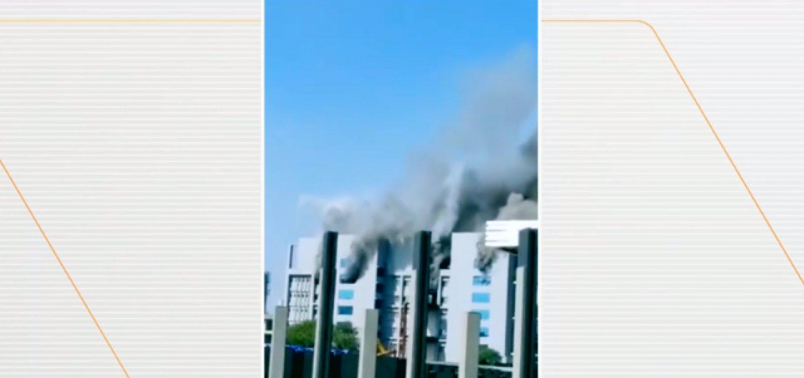 [Pelo menos cinco pessoas morrem em incêndio na Índia]