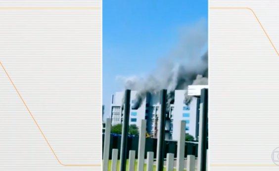 [Pelo menos cinco pessoas morreram em incêndio na Índia]