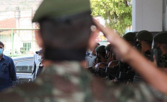 ['Forças Armadas jamais aceitariam convite contra a liberdade', diz Bolsonaro]