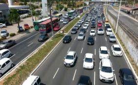 [Acidentes deixam feridos e complicam trânsito na manhã desta segunda-feira]