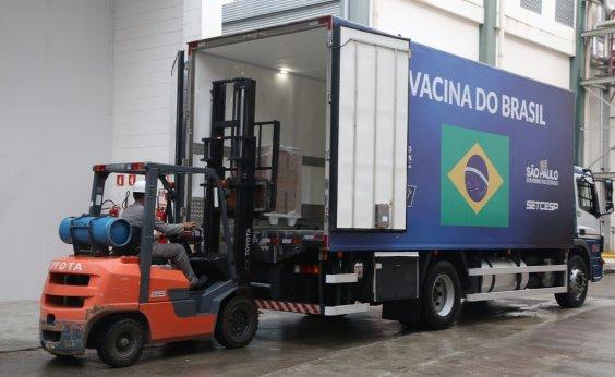 [Após nova liberação da Anvisa, Instituto Butantan entrega mais 900 mil doses da CoronaVac]