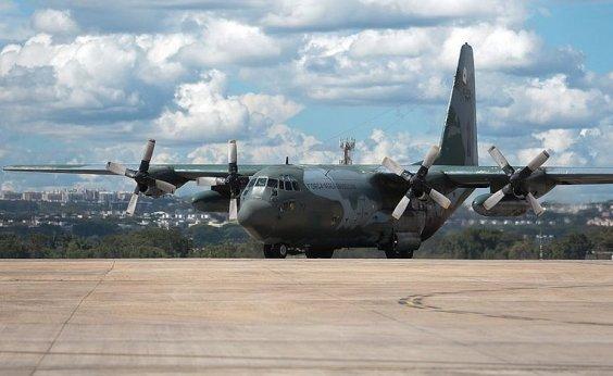 [Pacientes com covid-19 são transferidos de Rondônia para Curitiba]