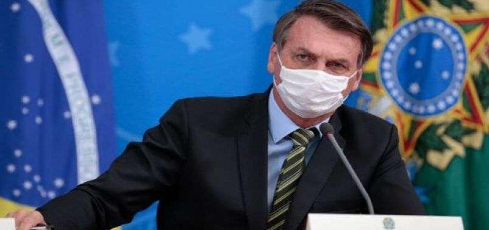[Bolsonaro diz que pandemia 'pode ser fabricada']