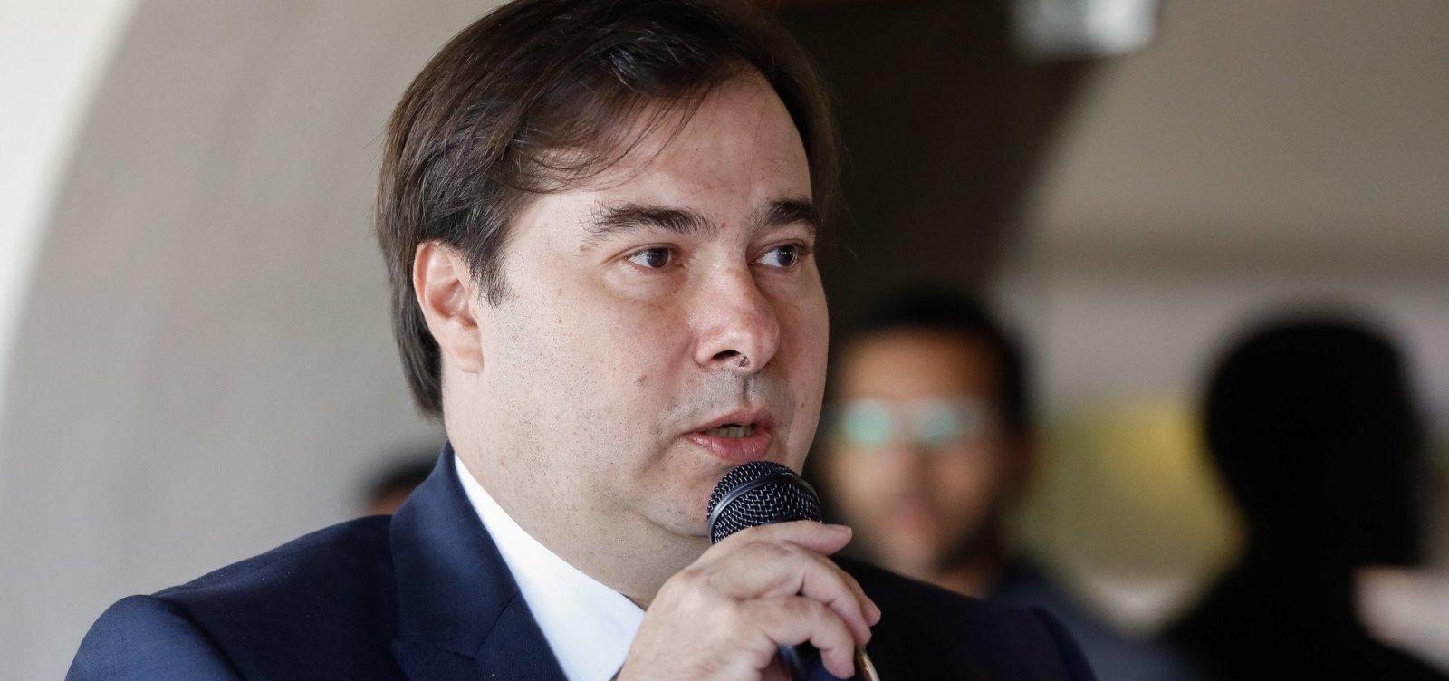 [Rodrigo Maia diz que não vai endossar impeachment de Bolsonaro]