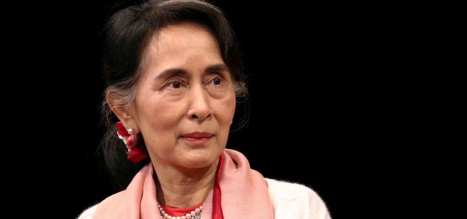 [Deputados de Myanmar estão em prisão domiciliar]