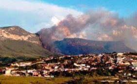 [Incêndio na Chapada é controlado a 3 km de zona urbana]