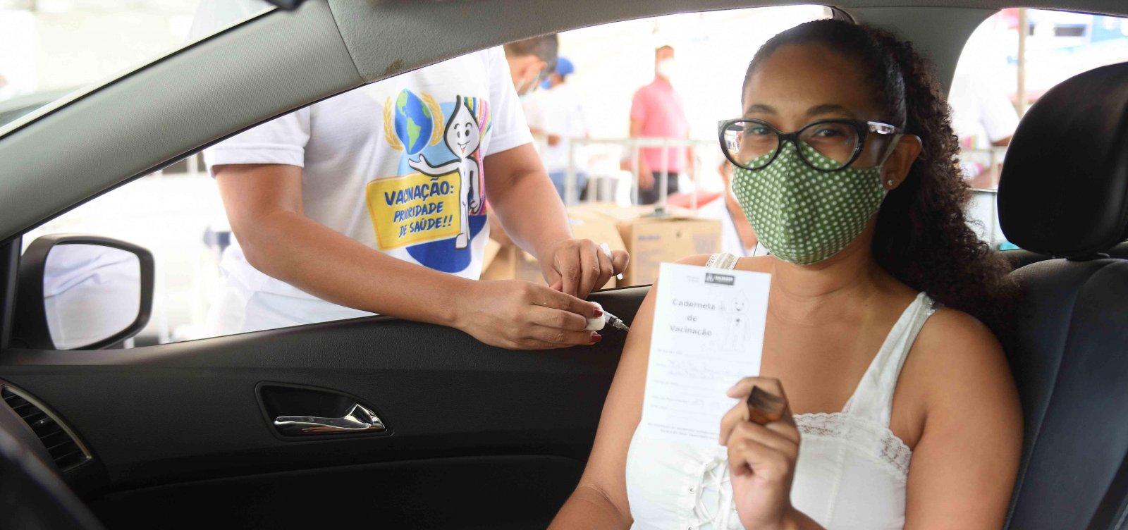 [Bahia vacina mais de 217 mil pessoas contra Covid-19]