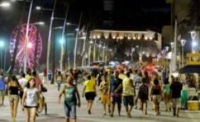 [Alta do dólar favorece turismo em Salvador]