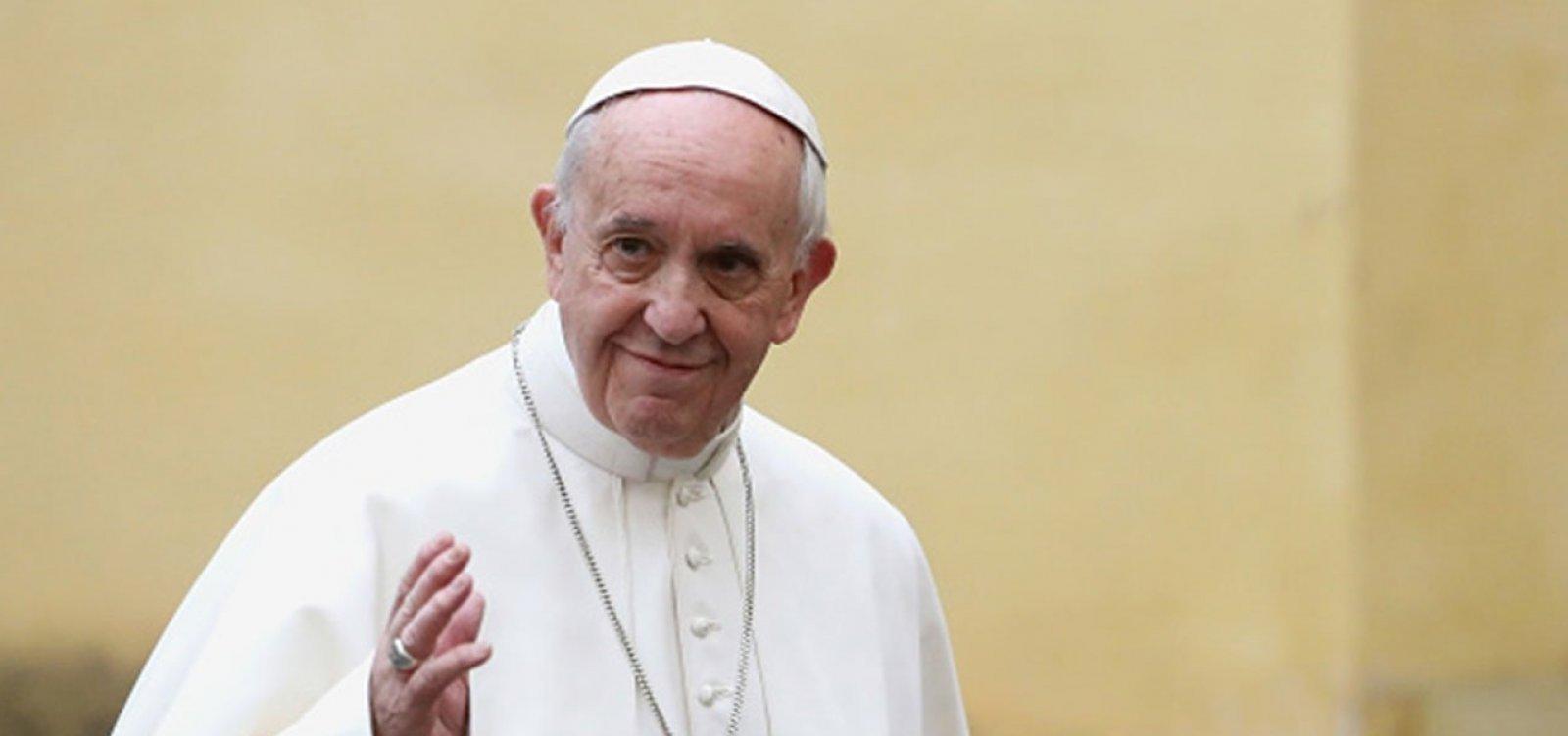 [Papa Francisco recebe segunda dose da vacina contra a Covid-19]