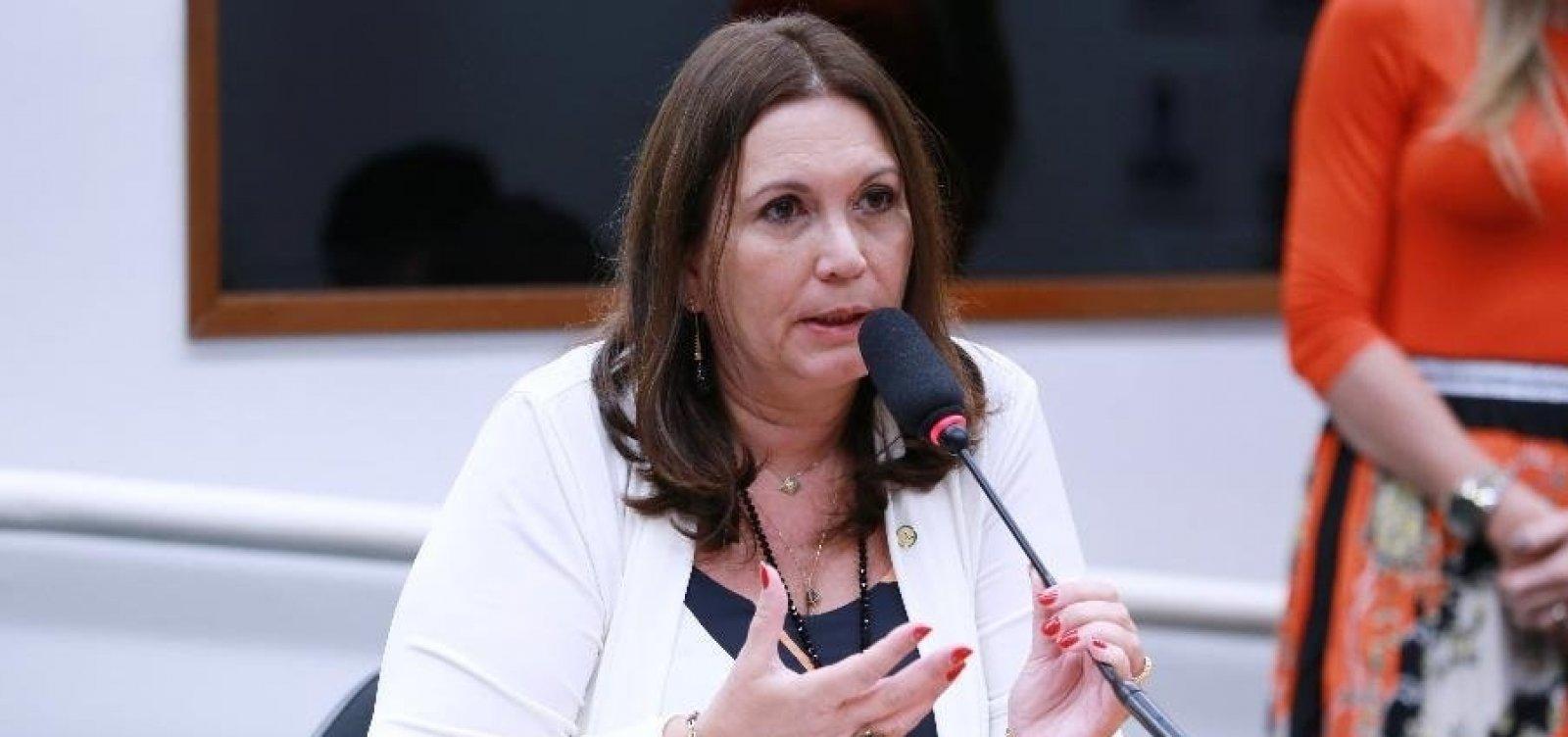 [Após reação de ministros do STF, líderes tentam evitar que Bia Kicis comande a CCJ]