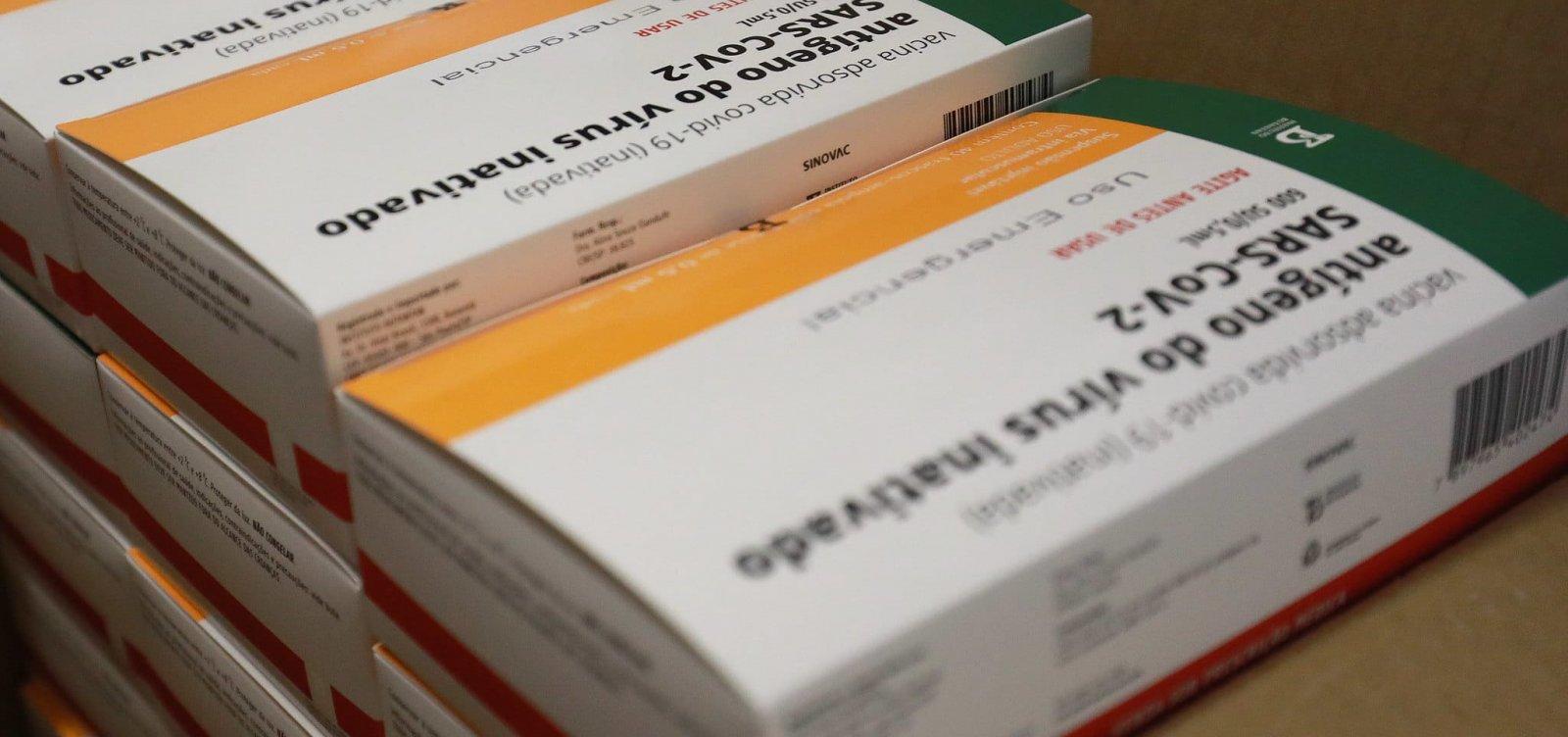 [Instituto Butantan começa a produzir 8,6 milhões de doses da vacina Coronavac]